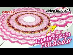 Tapete de Sala Rendado 2/3 - YouTube Crochet Mandala, Crochet Videos, Crochet Designs, Doilies, Beach Mat, Garland, Outdoor Blanket, Weaving, Kitty