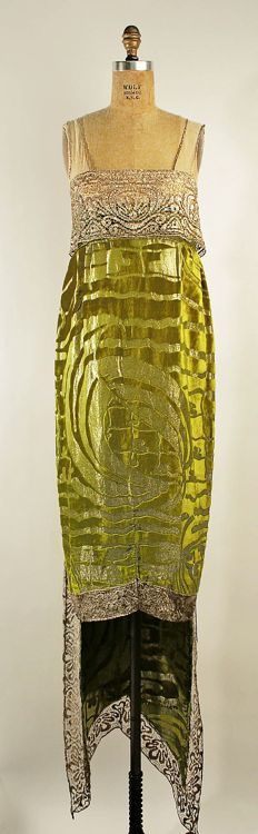 Evening dress, Callot Soeurs, 1919, silk & metallic lace, Metropolitan Museum of Art