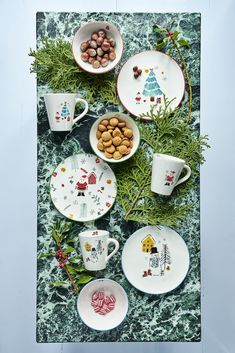 We have added that extra magic to the traditional white porcelain and made it funky and unique! What better tablesetting for the Christmas and holiday season than Christmas themed porcelain Danish Interior Design, Ceramic Tableware, Happy Colors, Christmas Themes, White Porcelain, Snowman, Kids Room, December, Table Settings