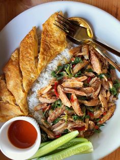 Healthy Dishes, Healthy Foods To Eat, Thai Food Menu, Authentic Thai Food, Food Hunter, Tasty Thai, Malaysian Food, Fusion Food, Asian Cooking