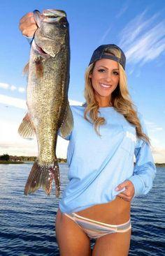 Reel Sexy Fishin ♥ ;) Brooke Thomas... Fish On!