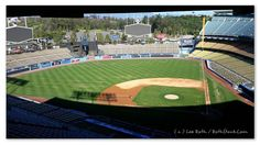 "THINK BLUE: Another shot from the set of ""Secret In Their Eyes"" ... a completely empty Dodgers Stadium! Ready for filming!    #makingmovies #setlife #dodgerstadium #dodgers #baseball #secretintheireyes #nicolekidman #juliaroberts #chiwetelejiofor #leeroth #pressnotpaparazzi #rothstock #eventphotography  by roth.stock"
