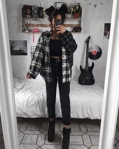Grunge Outfits For School Indie Outfits, Edgy Outfits, Cute Casual Outfits, Retro Outfits, Fall Outfits, Vintage Outfits, Cute Grunge Outfits, Black Outfit Grunge, Hipster Style Outfits