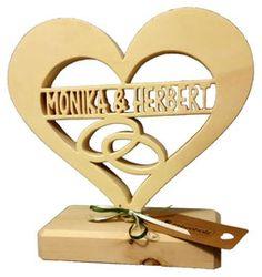 Geschenke aus Holz und Zirbenholz Produkte sowie Geschenkideen zur Hochzeit, Weihnachten, Ostern, Muttertag, Geburtstag und Hochzeitstag
