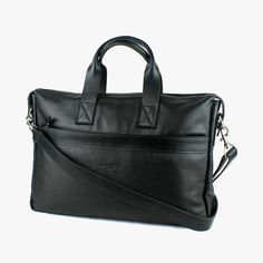 A stylish laptop travel bag in timeless black leather to complement your fast-moving lifestyle. Guy Fashion, Mens Fashion, Spring Summer 2016, Men's Collection, Briefcase, Laptop Bag, Travel Bags, Compact, Black Leather