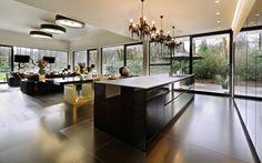 Black living |  Architect: Cruysweegs Halsberghe Architectenbureau BVBA  #black #livingroom #design #interior #tegelvloer  #kitchen #keuken #designverlichting
