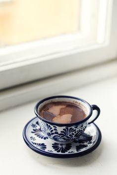 Meksikolaistyylinen kaakao. Mexican Hot Chocolate, Drinks, Eat, Cooking, Tableware, Food, Cucina, Beverages, Dinnerware