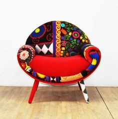 Smiley Armchair & Scarlet Love Source by The post RESERVED for Etsy Design Awards: Smiley Armchair & Scarlet Love appeared first on The most beatiful home designs. Funky Furniture, Unique Furniture, Furniture Makeover, Living Room Furniture, Painted Furniture, Furniture Design, Furniture Nyc, Rustic Furniture, Furniture Ideas