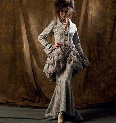 Toute la gamme des patrons de couture, costumes historiques, déguisement, carnaval, mccalls,