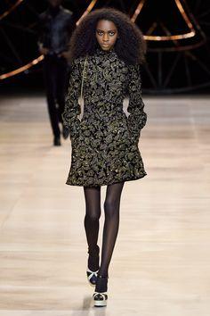 Celine Fall 2020 Ready-to-Wear Fashion Show - Vogue Fashion Week, Fashion 2020, Daily Fashion, Runway Fashion, High Fashion, Street Fashion, Women's Fashion, Celine, Style Oriental