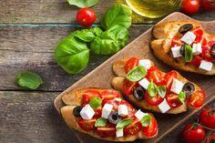 Best Traditional Italian Food by Region (+Map) Italian Appetizers, Appetizer Recipes, Dinner Recipes, Bruschetta, Mozzarella, Baby Food Recipes, Finger Foods, Italian Recipes, Snacks