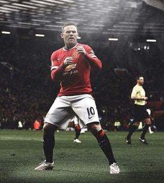 Team centred around Rooney