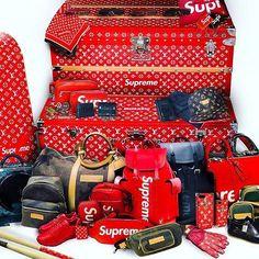 Supreme x Louis Vuitton Vuitton Bag, Louis Vuitton Handbags, Minions, Urban Fashion, Mens Fashion, Supreme Clothing, Supreme Bape, Supreme Lv, Supreme Accessories