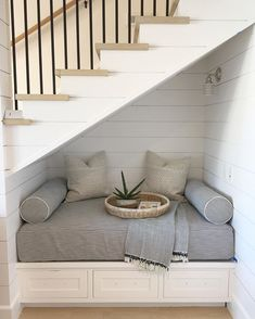 Pin by michelle hawkins on kids play/media/hangout room декор комнаты, лест Stairs In Living Room, House Stairs, Loft Stairs, Basement Stairs, Stairs In Homes, Cottage Staircase, Exposed Basement Ceiling, Stairs In Kitchen, Ceiling Beams