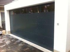 Garagentor mit tür modern  Two Tone Paint Garage Walls With White Strip In Middle … | Pinteres…