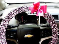 Pink Cheetah Steering Wheel Cover with Your Choice of Bow $22 www.etsy.com/shop/TurtleCoveStudio
