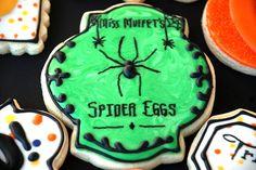 sweet-ks-bakery | KOOKIES & KAKES - Halloween sugar cookies