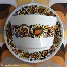 Items similar to Vintage J G Meakin / Bali Studio Pottery Range / Sugar Bowl & 2 Plates / flowers, warm colours / Retro England, Alan Rogers designer on Etsy Sugar Bowl, Bali, Pottery, Range, Plates, Studio, Unique Jewelry, Tableware, Handmade Gifts