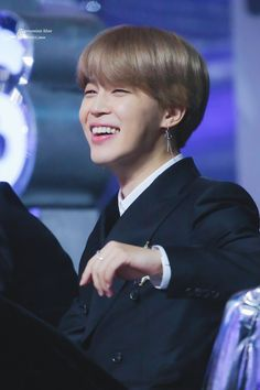 Find images and videos about kpop, bts and jimin on We Heart It - the app to get lost in what you love. Park Ji Min, Busan, Bts Jimin, Bts Bangtan Boy, Hoseok, Namjoon, Taehyung, Rapmon, Seokjin