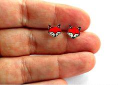 Lil' Foxes Post Earrings by kteediid on Etsy Diy Shrink Plastic Jewelry, Diy Jewelry, Jewelry Making, Jewellery, Shrink Art, Cardboard Jewelry Boxes, Plastic Art, Little Fox, Shrinky Dinks