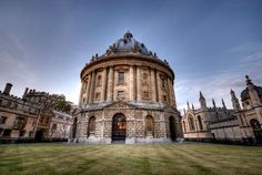 Radcliffe Camera - http://www.chp-architecturalphotography.com/uploads/CHP/portfolios/data/images1/radcliffe-square-oxford-hdr.jpg