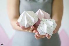 DIY post from Blog Somewhere Paper Diamond, Paper Folding, Diy Paper, Diy Tutorial, Origami, Crafty, Blog, Cards, Creative Ideas