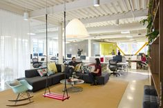 5475 sqf office space of FINE Design Group, located in Portland, was updated with creative idea of Boora Architects. Work resulted in a loft-like open office environment of a relaxed sentiment. Open Space Office, Creative Office Space, Office Space Design, Workspace Design, Office Workspace, Small Office, Office Interior Design, Office Interiors, Office Designs