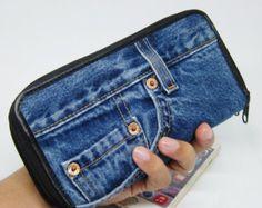 This item is unavailable Diy Jeans, Diy Denim Wallet, Denim Purse, Women's Jeans, Artisanats Denim, Denim Fabric, Blue Jean Purses, Diy Sac, Denim Ideas