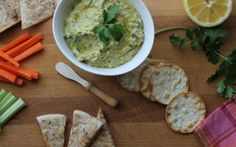 Freshness from the cilantro and zing from the black pepper make this cilantro & black pepper hummus a great dip for any crudites or cracker. Detox Recipes, New Recipes, Snack Recipes, Dessert Recipes, Desserts, Wild Rose Detox, Greek Pita, Hummus Recipe, New Flavour