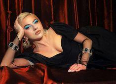 Lidia Buble revine în atenția publicului, după ce a lansat o nouă piesă. Recent, potrivit celor de la cancan.ro, Ramona Olaru și Răzvan… Citeste articolul complet AICI -> Lidia Buble reacționează, după ce s-a aflat că Ramona și Răzvan au o relație - YVE.ro.
