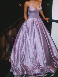 Glitter Prom Dresses Long 2020 With Pockets Spaghetti Strap Formal Gown Lace Up Back Lavender Prom Dresses, Glitter Prom Dresses, Pretty Prom Dresses, Prom Dresses For Teens, Prom Outfits, Long Prom Gowns, Prom Dresses Blue, Short Prom, Light Purple Prom Dress