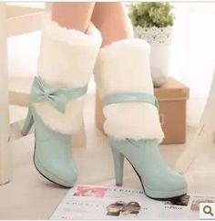 Tamaño de las señoras 2 botas de £ 5
