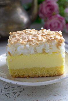 Sernik z bezą kokosową – Smaki na talerzu Polish Desserts, Polish Recipes, Cake Recipes, Dessert Recipes, Japanese Cheesecake, Christmas Appetizers, Cake Cookies, No Bake Cake, Vanilla Cake