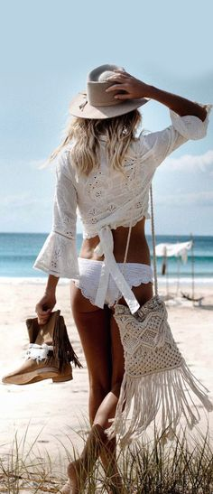 Love the top and purse.