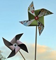 Hoy veremos cómo hacer un molino de viento. Para una salida con niños es bueno tener juguetes divertidos aptos para el aire libre. Los materiales para este juguete son: palo de madera o