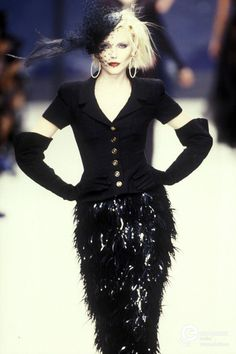 Nadja Auermann - CHANEL Spring-Summer 1995, Couture