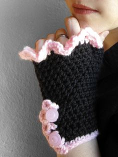 Crochet Gloves - Warm Black and Pink Fingerless Gloves from MoMuertos on Etsy