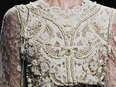 details i like on a dress <3