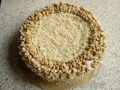 Vynikající ořechový dort s jemnou příchutí kávového krému. Babiččin recept. Nejlepší, co jsem kdy jedla.
