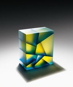 South Korean artist Jiyong Lee constructs luminous sculptural pieces through the use of segmented glass components. Fused together by coldworking… Verre Design, Fractal, Colossal Art, Jiyong, Art Graphique, Glass Blocks, Glass Ceramic, Korean Artist, Colored Glass