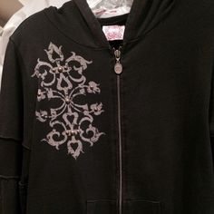 Black hoodie Hoodie w/ design on front and back w studs Tail bait Other