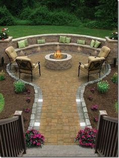 My dream is to have an outdoor fire pit with built in seating in my backyard. This one looks amazing! My dream is to have an outdoor fire pit with built in seating in my backyard. This one looks amazing! Outside Living, Outdoor Living, Outdoor Decor, Outdoor Ideas, Fire Pit Backyard, Backyard Seating, Outdoor Seating, Backyard Pavers, Outdoor Pool