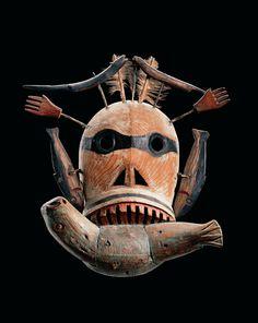 Masque facial, Yupik, États-Unis, Alaska, région du bas Yukon ou de la rivière Kuskokwim | Fleurons - Les Musées Barbier-Mueller