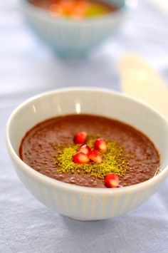 Kinoalı Çikolatalı Puding - PelinChef Turkish Recipes, Ethnic Recipes, Sweet Cakes, Cobbler, Salsa, Biscuits, Deserts, Clean Eating, Gluten Free