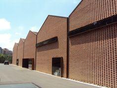 Brick pattern + corten details - espai_baronda