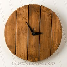 DIY a rustic, faux pallet wood wall clock. CraftsnCoffee.comIdeas  : More Pins Like This At FOSTERGINGER @ Pinterest