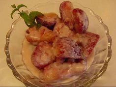 Betty's Strawberries Romanoff Recipe