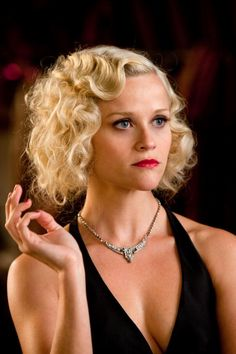 hair – Reese Witherspoon(perfect for a themed murder mystery night!) hair – Reese Witherspoon(perfect for a themed murder mystery night! Retro Hairstyles, Wedding Hairstyles, Party Hairstyle, Wave Hairstyles, Romantic Hairstyles, Hair Dos, My Hair, Reese Witherspoon Hair, Gatsby Hair