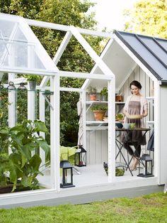 love this greenhouse/shed via Pure Green Magazine puregreenmag.com