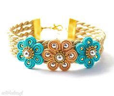 Soutache Soutache Bracelet, Soutache Jewelry, Beaded Jewelry, Soutache Tutorial, Diy Jewelry, Jewelry Making, Kanzashi, Macrame Art, Button Crafts